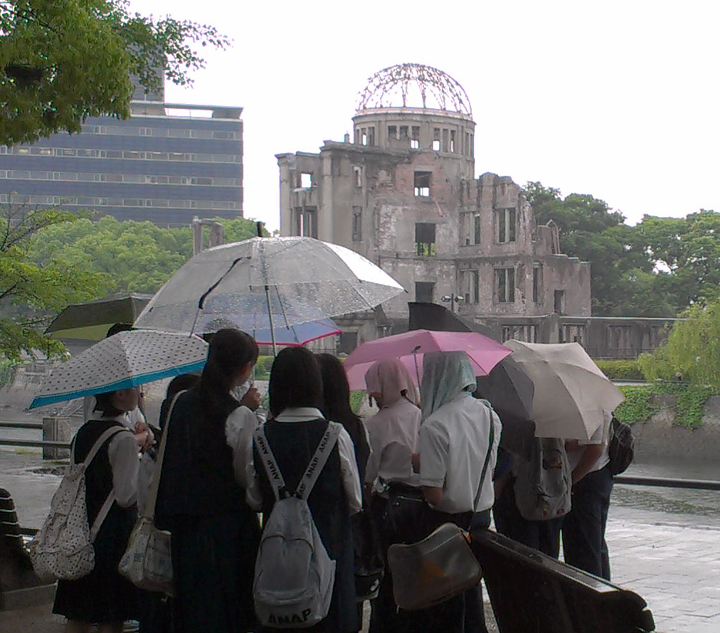 Japanese School Kids at Hiroshima memorial (Genbaku Dome)
