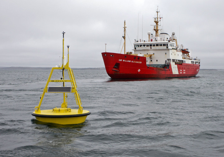 Buoy and Sir William Alexander icebreaker, Canadian Coast Guard