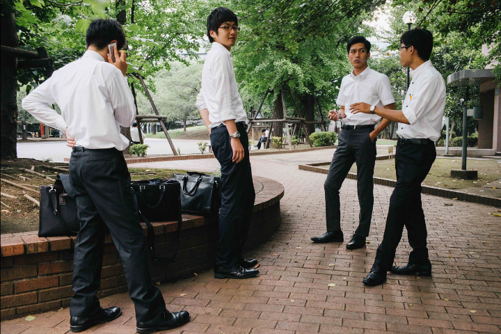 color_salarymen_sized