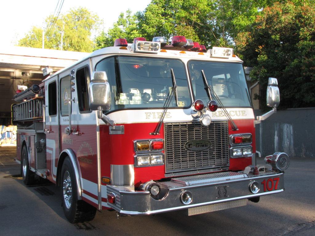 Hantsport fire truck. (Photo by Christy Marsters via Hants Journal http://www.hantsjournal.ca/news/local/2010/6/29/hantsport-purchases-new-fire-truck-from-1428858.html)