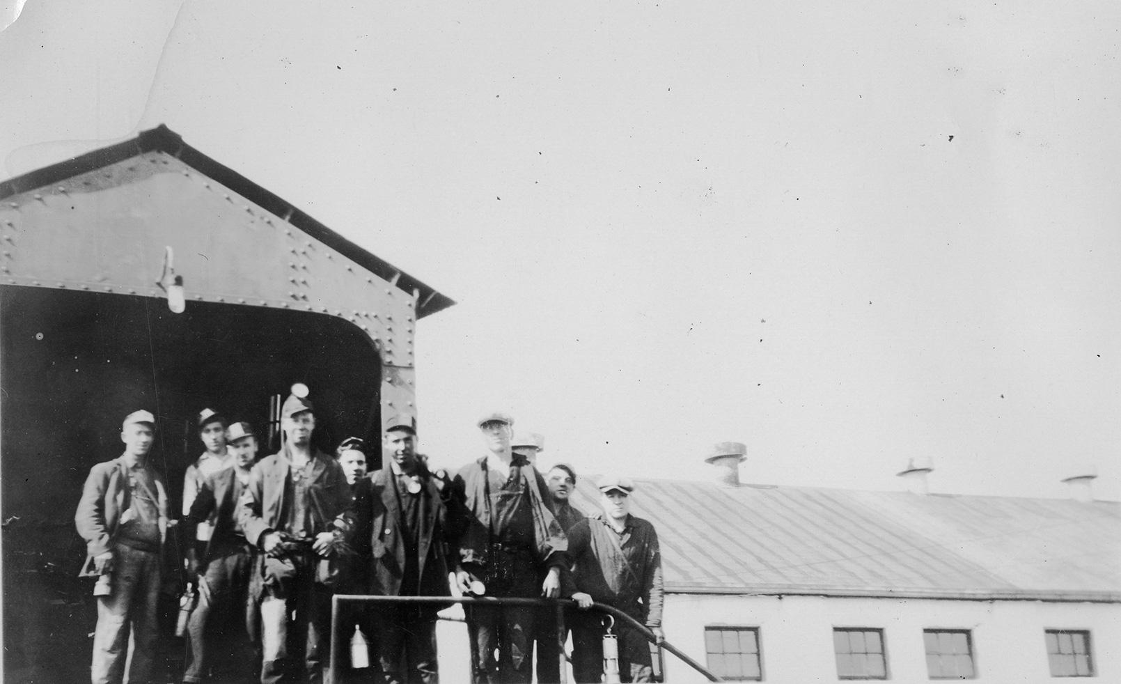 Albion Mine, Pictou County, NS. (Source: Nova Scotia Archives https://archives.novascotia.ca/)