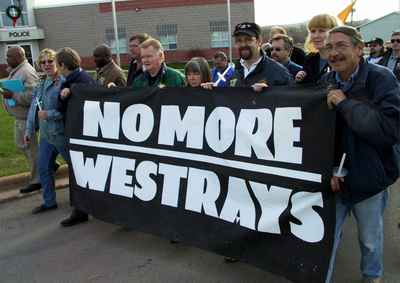 Westray commemoration, 9 May 2002. (Photo by Peter Boyle via http://www.oocities.org/local343/westray_photo_page.html)
