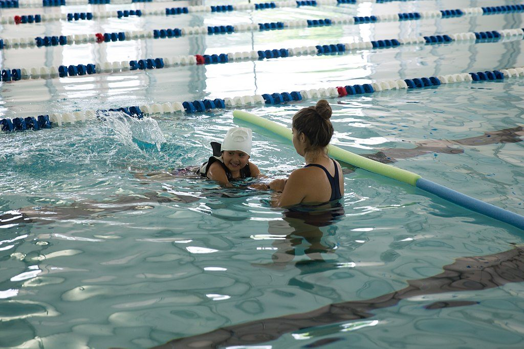 By North Charleston from North Charleston, SC, United States (Learning to swim) [CC BY-SA 2.0 (http://creativecommons.org/licenses/by-sa/2.0)], via Wikimedia Commons