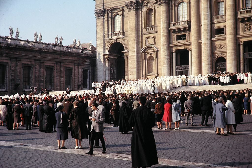 Grand procession of the Council Fathers at St. Peter's Basilica during opening of Vatican II. (Photo by By Peter Geymayer, own work, Public Domain, via Wikimedia Commons)
