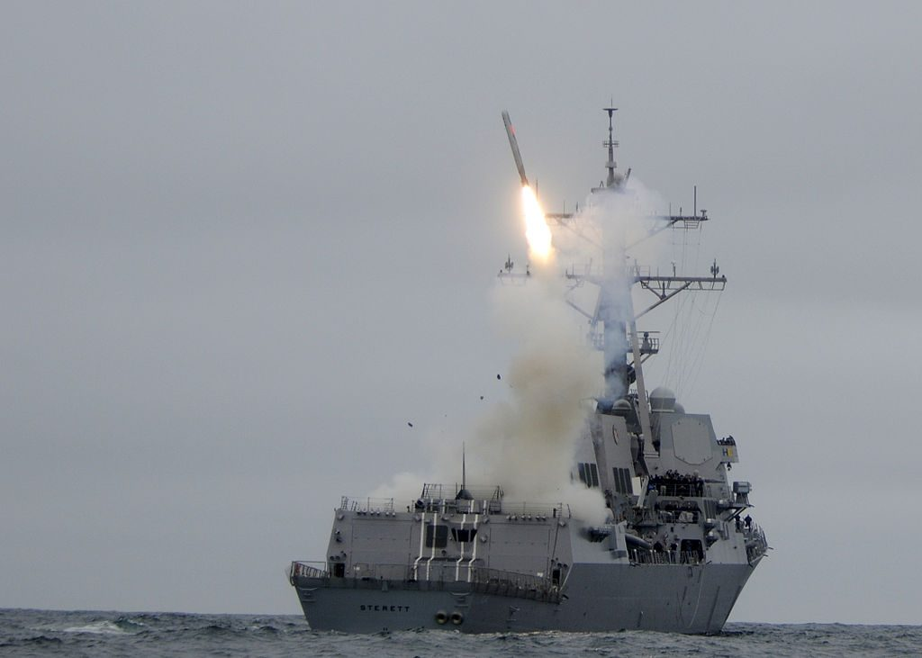 The guided-missile destroyer USS Sterett (DDG 104) successfully launches its second Tomahawk missile during weapons testing. (Photo by U.S. Navy photo by Mass Communication Specialist 1st Class Carmichael Yepez, Public Domain, via Wikimedia Commons)