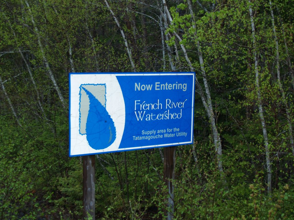 Sign on water supply. (Photo by Joan Baxter)