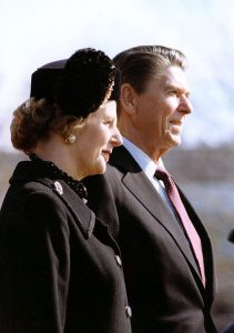 Margaret Thatcher and Ronald Reagan. (Photo by Jack Kightlinger, Official White House photographer. Ronald Reagan Presidential Library, Public Domain, via Wikimedia Commons)