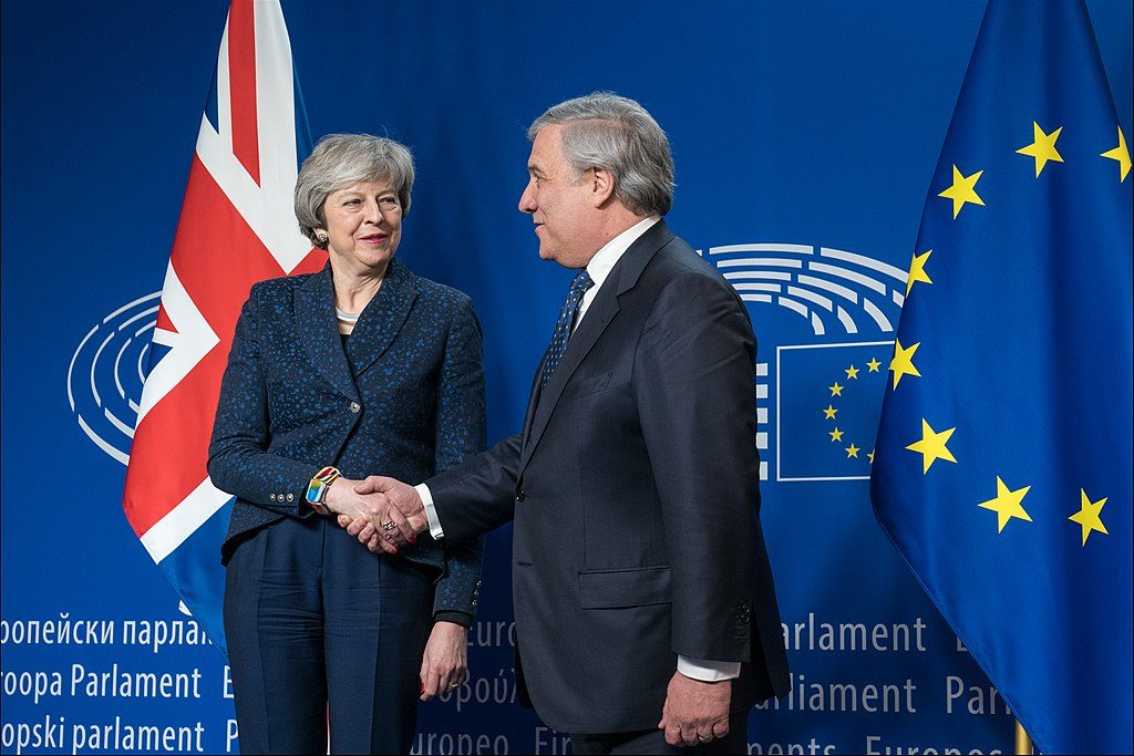 Theresa May meets European Parliament President Antonio Tajani [CC BY 2.0 (https://creativecommons.org/licenses/by/2.0), via Wikimedia Commons)