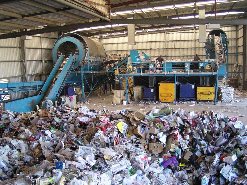 Australian recycling center. (Public Domain via Wikimedia Commons)