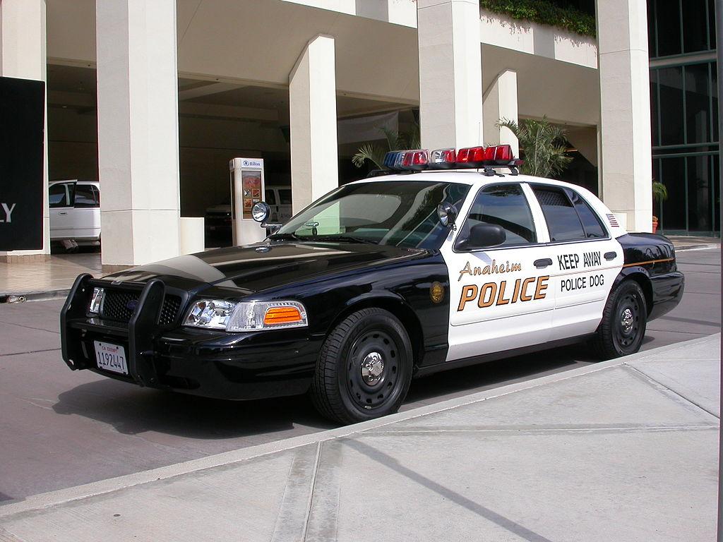 2005 Ford Crown Victoria Anaheim Police K-9