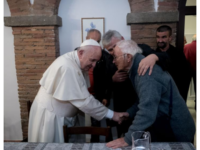 "Pope Francis meets a resident of the ""Palace of the Poor"" (Source: Community of Sant'Egidio https://www.santegidio.org/pageID/1/langID/en/idLng/1064/HOME.html)"