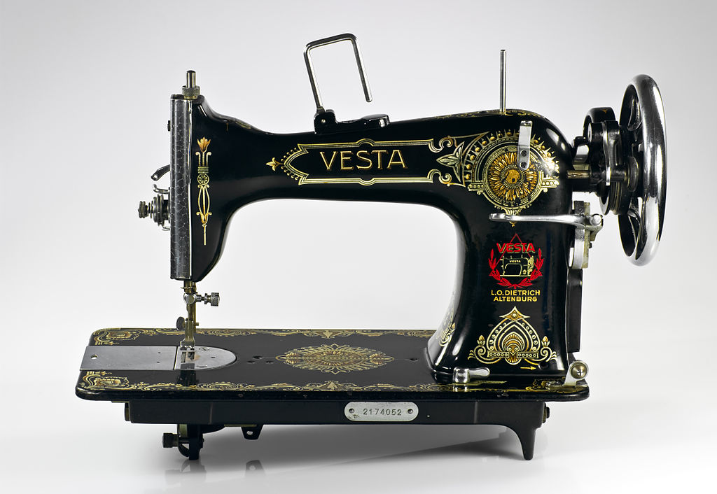 Vesta sewing machine