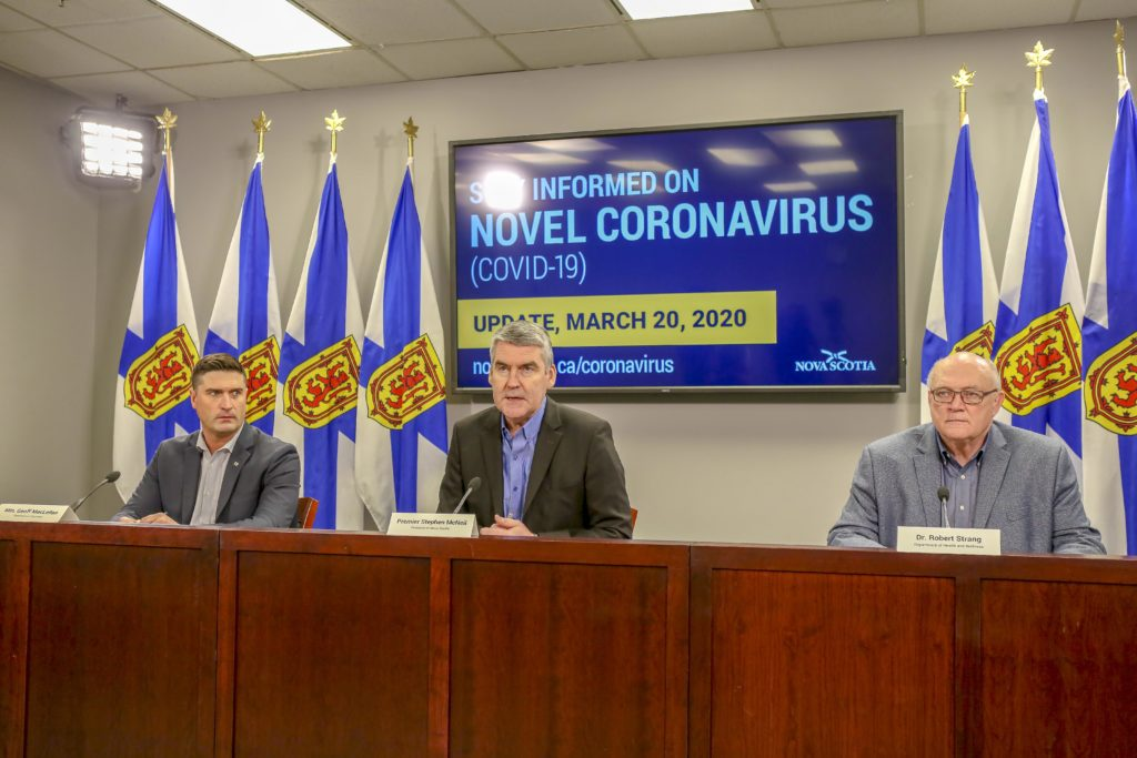 From Left: Minister of Business Geoff MacLellan, Premier Stephen McNeil and Dr. Robert Strang, Nova Scotia's chief medical officer of health. (JPG 1.6 MB)