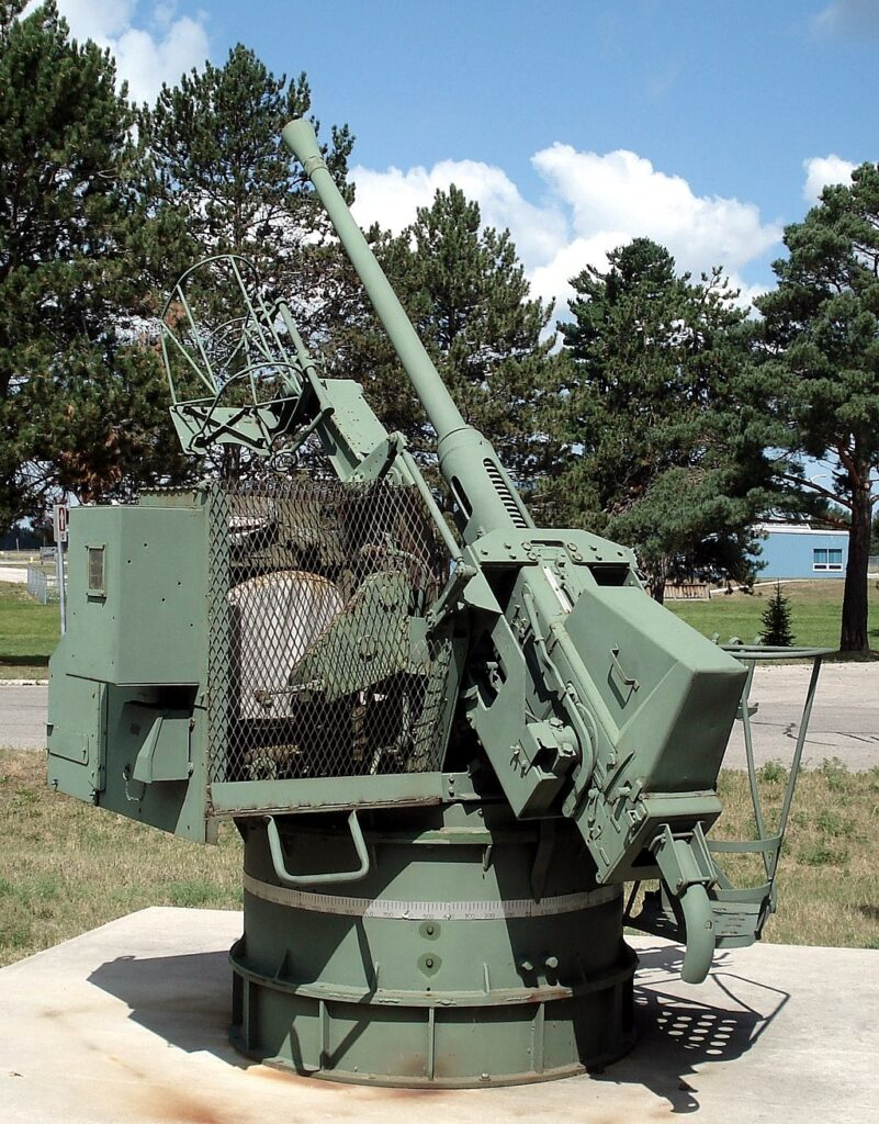 Single Bofors 40 mm Boffin mounting, displayed at CFB Borden.