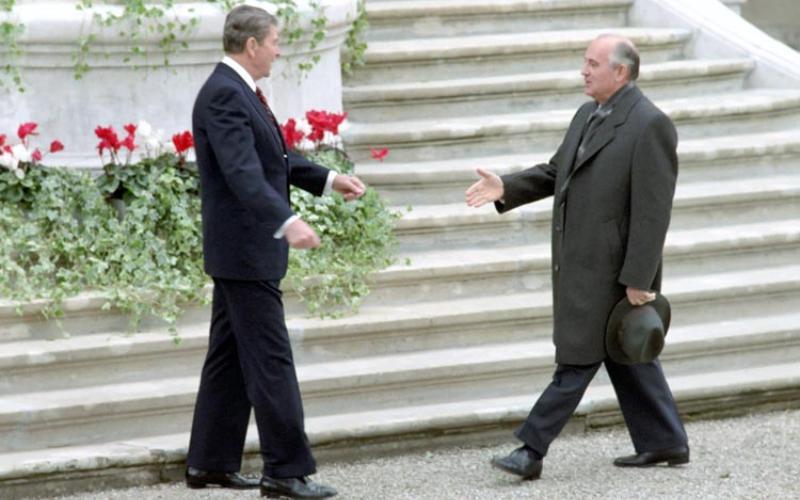 Ronald Reagan meets Mikhail Gorbachev, Geneva, 1985.