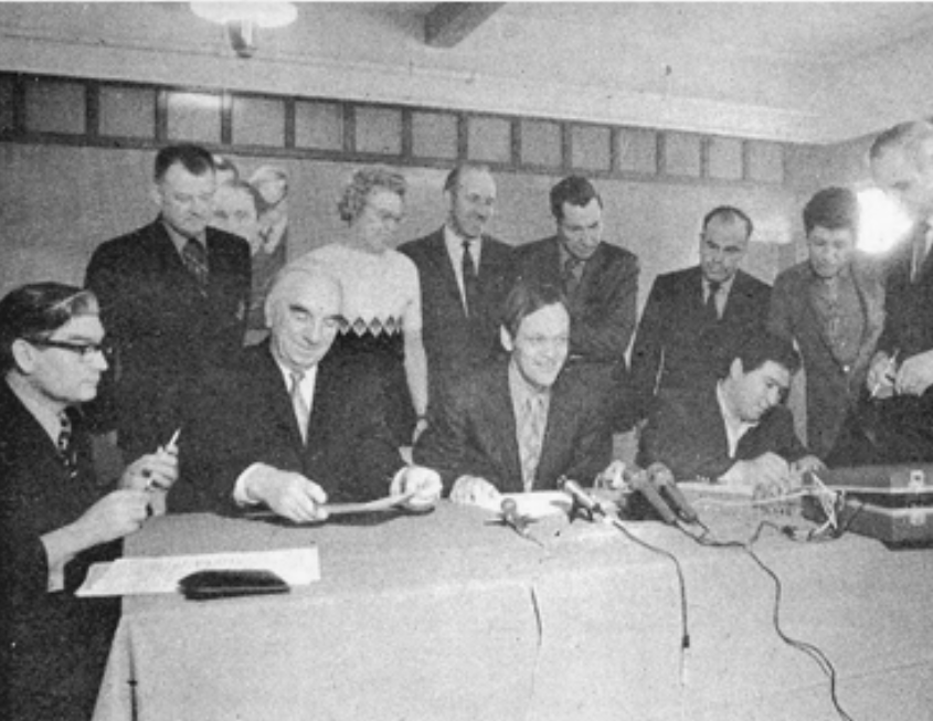 Agreement signed between Indian Affairs and Membertou.