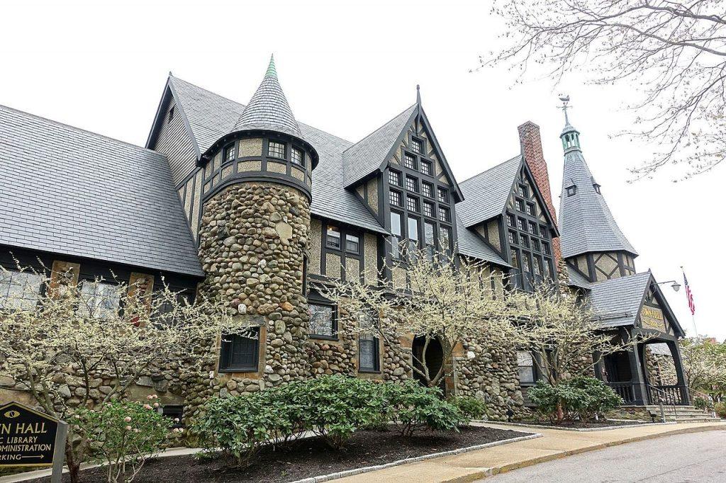 Barrington, Rhode Island Town Hall