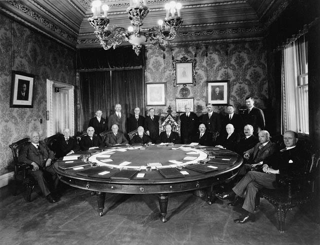 MacKenzie King Cabinet, 1930