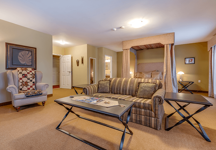 Suite at The Lakes Golf Club and Resort Ben Eoin