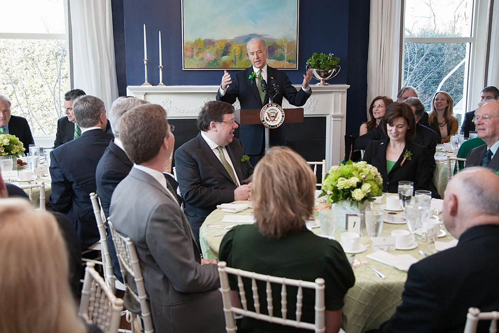 Vice President Joe Biden and Dr. Jill Biden host Taoiseach Minister Cowan and Mrs. Cowan of Ireland for a St. Patrick's Day breakfast at the Naval Observatory Residence, March 17, 2010.