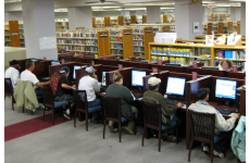 Fort Worth Library Public Access computers, 2009. (Photo by