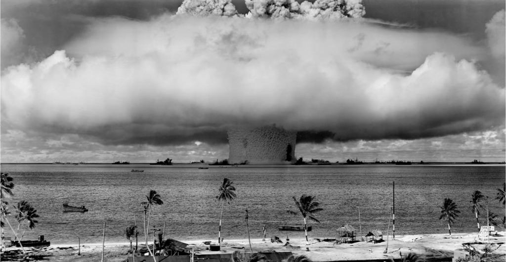 """""""Baker"""" explosion, Operation Crossroads, Bikini Atoll, 25 July 1946"""